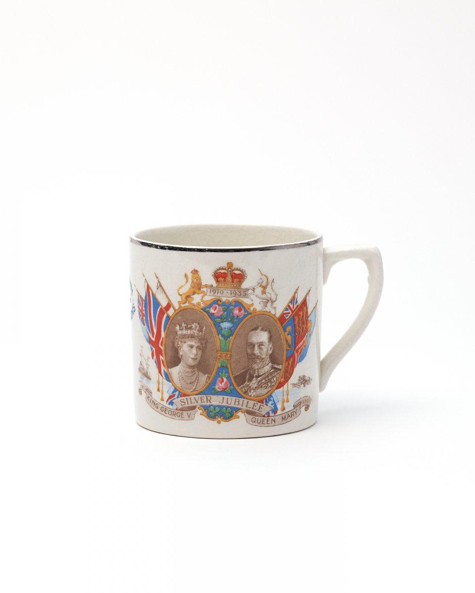 英国ロイヤルマグ 011 - ¥4,500
