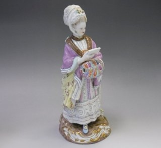 ドイツ マイセン人形 「マフを持つ女性」 アシエ作