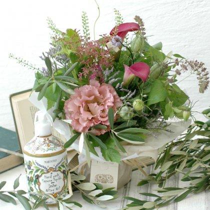ハンドソープ(タスカンオリーブオイル)&立つ花束セット(ローズピンク)