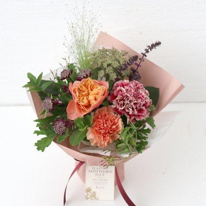 ローズピンクの立つ花束M