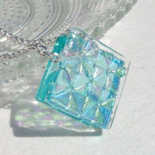3月の誕生石ガラス『アクアマリン【premium】』シルバー925ネックレス【アジャスター、箱ラッピング付き】【受注制作】
