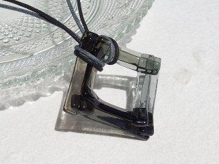 彩重ねガラス『いろがさね【モノクロ】』ネックレス【受注制作】