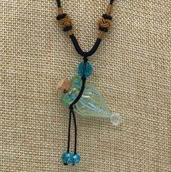 【SALE】 小さなガラス瓶のアロマペンダント 水色ストライプ・つぼ型(メール便可)長さ調節可能・香りを胸元に♪