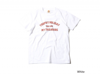 "<img class='new_mark_img1' src='https://img.shop-pro.jp/img/new/icons1.gif' style='border:none;display:inline;margin:0px;padding:0px;width:auto;' />""HOLIDAY"" TREASURE LOGO TEE(KIDS SIZE)(子供服)"