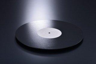 aska audio 純マグネシウム製座繰りターンテーブルシート