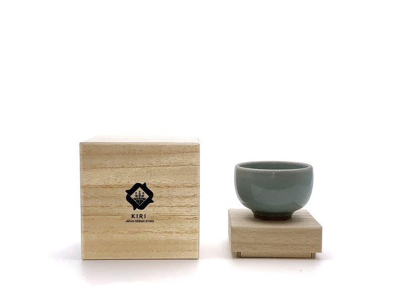 鍋島焼 guinomi