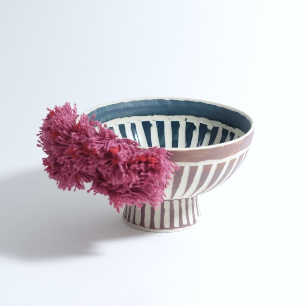 colored foot bowls pink