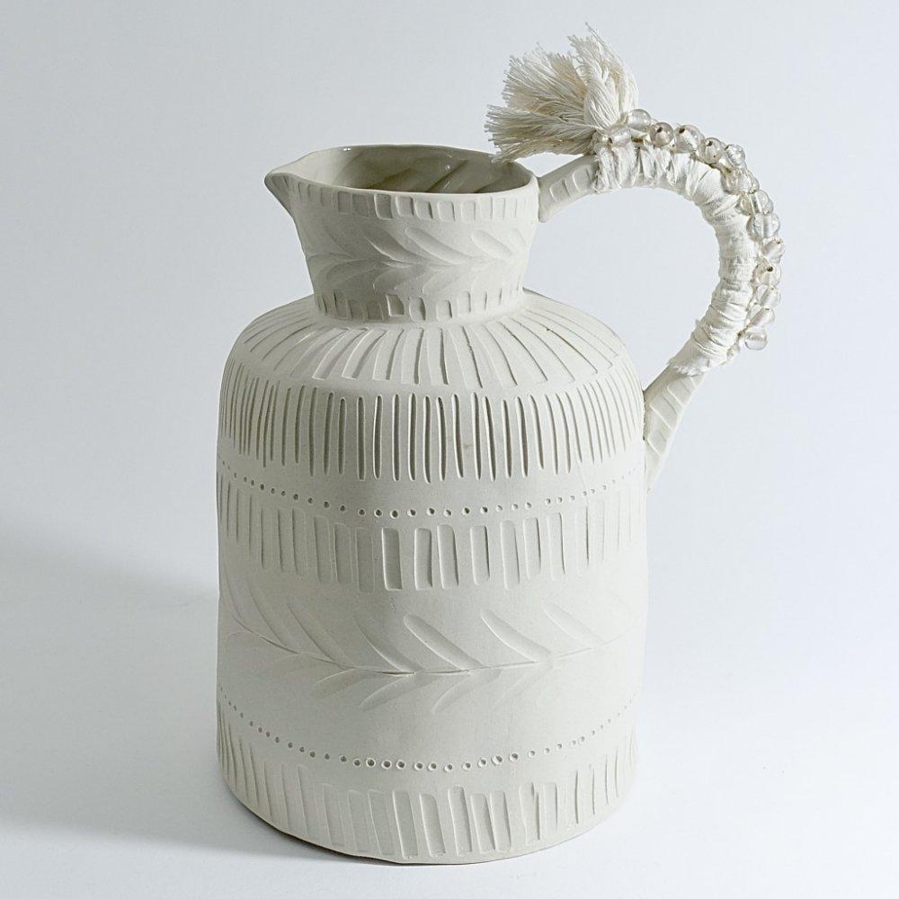 white textured jug