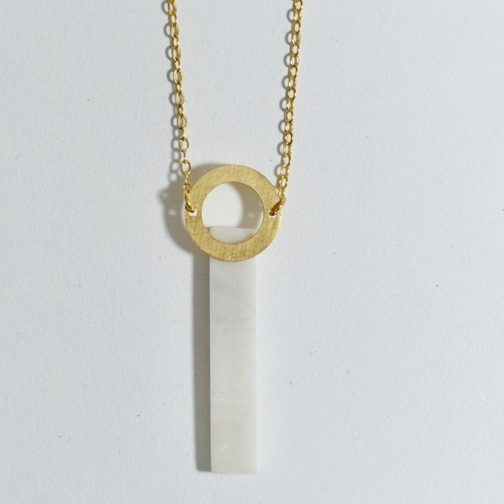 rod necklace
