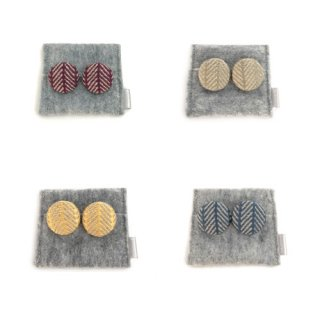 三つ豆 こぎん刺しのイヤリング/inaho