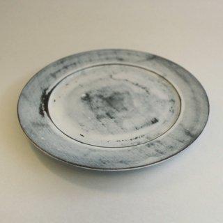工房やす 乳白皿18�