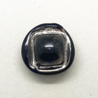 ビミニボタン