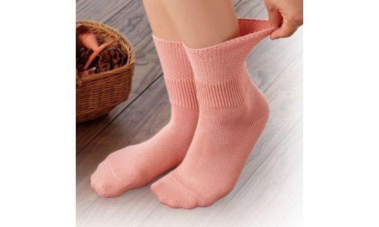 足口ひろくてはきやすい靴下