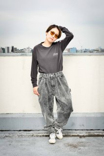 <img class='new_mark_img1' src='https://img.shop-pro.jp/img/new/icons1.gif' style='border:none;display:inline;margin:0px;padding:0px;width:auto;' />【ALLAROUND × STINGRAY】Chemical Denim Pants