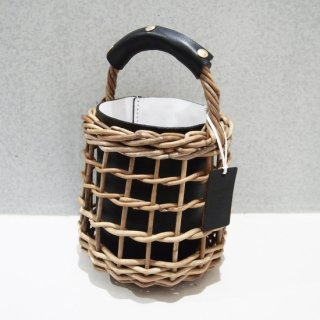 Reversible mode Basket #Black×White<img class='new_mark_img2' src='https://img.shop-pro.jp/img/new/icons54.gif' style='border:none;display:inline;margin:0px;padding:0px;width:auto;' />