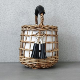 Reversible mode Basket #Black×White(Tassel Set)<img class='new_mark_img2' src='https://img.shop-pro.jp/img/new/icons54.gif' style='border:none;display:inline;margin:0px;padding:0px;width:auto;' />