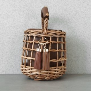 Reversible mode Basket  #Brown×Green(Tassel Set)<img class='new_mark_img2' src='https://img.shop-pro.jp/img/new/icons54.gif' style='border:none;display:inline;margin:0px;padding:0px;width:auto;' />