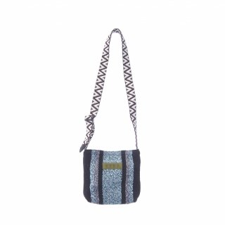 <img class='new_mark_img1' src='https://img.shop-pro.jp/img/new/icons15.gif' style='border:none;display:inline;margin:0px;padding:0px;width:auto;' />Baja Mini Bag (Black x Mint Green)