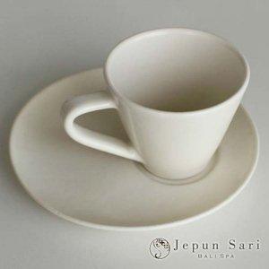 JENGGALA カップ&ソーサー マットホワイト