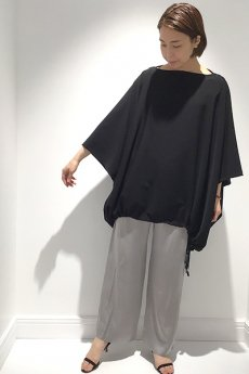 【COGTHEBIGSMOKE 】<br>PONCHO TOP / SILKY POLY JERSEY- C2
