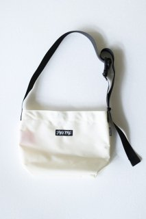 ZAKKPAC / 別注NO FLAP SLING SMALL - WHITE