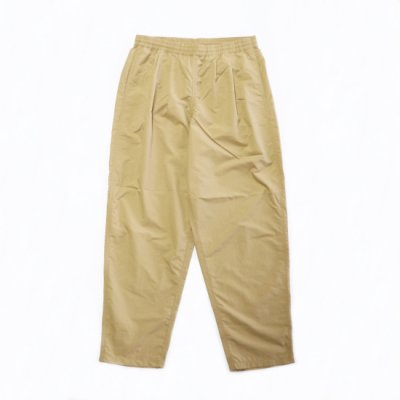 <img class='new_mark_img1' src='https://img.shop-pro.jp/img/new/icons16.gif' style='border:none;display:inline;margin:0px;padding:0px;width:auto;' />BURLAP OUTFITTER / TRACK PANTS - KHAKI
