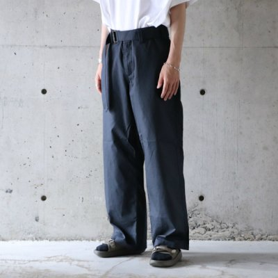 <img class='new_mark_img1' src='https://img.shop-pro.jp/img/new/icons16.gif' style='border:none;display:inline;margin:0px;padding:0px;width:auto;' />Niche. / Belted Pants - NAVY