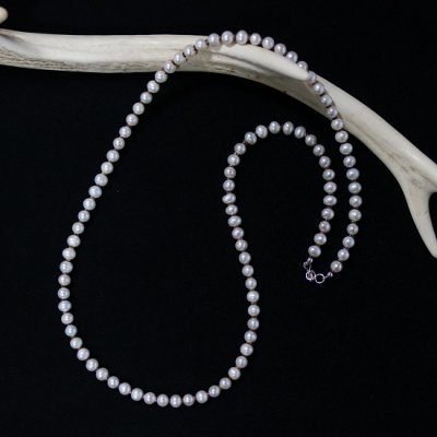 Colina Yazzie(コリーナヤジー)/ Fresh Water Pearl Necklace