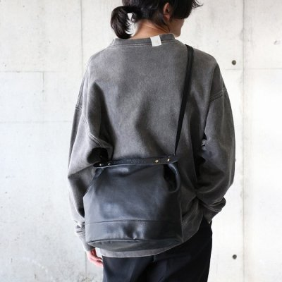 suolo (スオーロ) / CROP 2 Leather - BLACK