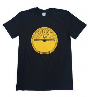 SUN Logo Tee - Black / Classic Heavy Cotton<img class='new_mark_img2' src='https://img.shop-pro.jp/img/new/icons5.gif' style='border:none;display:inline;margin:0px;padding:0px;width:auto;' />