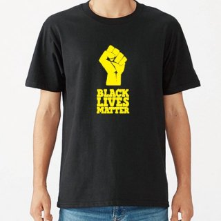 Black Lives Matter Hand Logo Yellow T Shirts / Black<img class='new_mark_img2' src='https://img.shop-pro.jp/img/new/icons8.gif' style='border:none;display:inline;margin:0px;padding:0px;width:auto;' />