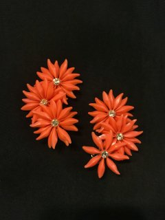 Vintage 60s Flower Earring