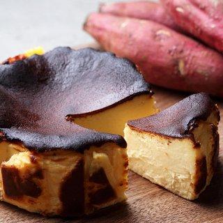 チーズの濃厚な味わい「ハチミツ芋のバスクチーズケーキ」[ 東京ミッドタウン日比谷のレストランDRAWING HOUSE OF HIBIYAパティシエ監修 ]