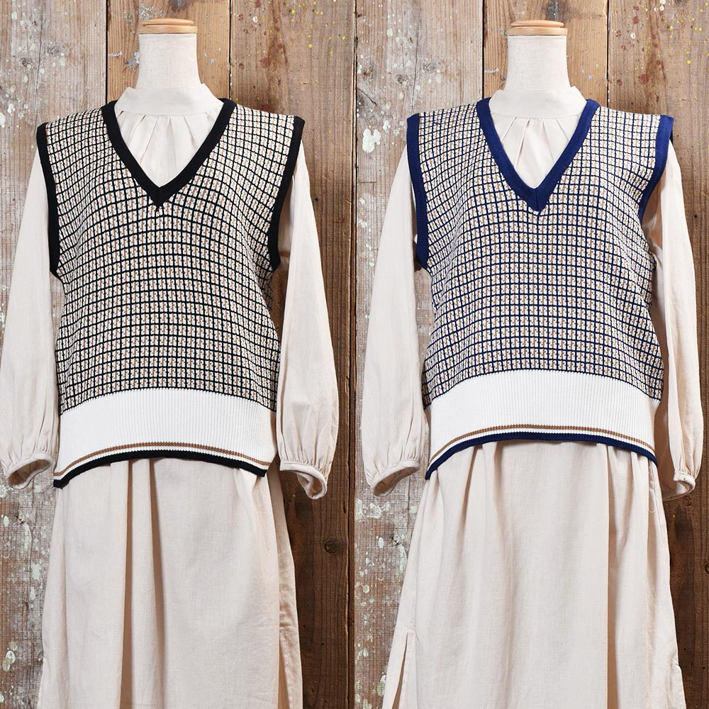 Check Pattern Knit Vest