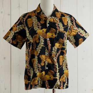 <img class='new_mark_img1' src='https://img.shop-pro.jp/img/new/icons14.gif' style='border:none;display:inline;margin:0px;padding:0px;width:auto;' />Island wear Hawaiian shirt ブラック
