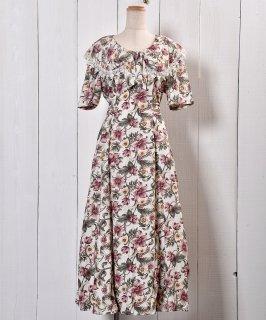 古着70's〜80's Frill Big Ribbon Collor Flower Dress | リボンビッグ襟 花柄 ドレス 古着のネット通販 古着屋グレープフルーツムーン