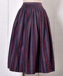 古着 Made in Europe Stripe Pattern Shirring Tyrol Skirt|ヨーロッパ製 シャーリング入りチロルスカート パープル系 古着のネット通販 古着屋グレープフルーツムーン
