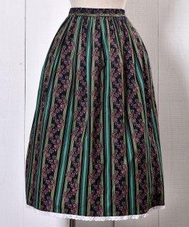 古着 Made in Europe Stripe Pattern & Flower Prints Tyrol Skirt |ヨーロッパ製 ストライプパターン&花柄  チロルスカート 古着のネット通販 古着屋グレープフルーツムーン