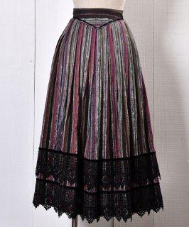 古着 Made in Europe Traditional Multi Stripe Pattern Tyrol Skirt |ヨーロッパ製 マルチストライプ  チロルスカート 古着のネット通販 古着屋グレープフルーツムーン