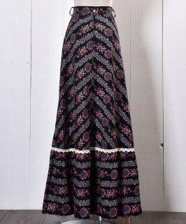 古着 Flower Pattern Maxi Skirt |花柄マキシ丈スカート ブラック系 古着のネット通販 古着屋グレープフルーツムーン