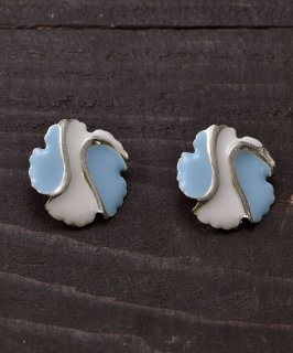 古着 Made in Europe Flower Earring | ヨーロッパ製花イヤリング 古着のネット通販 古着屋グレープフルーツムーン