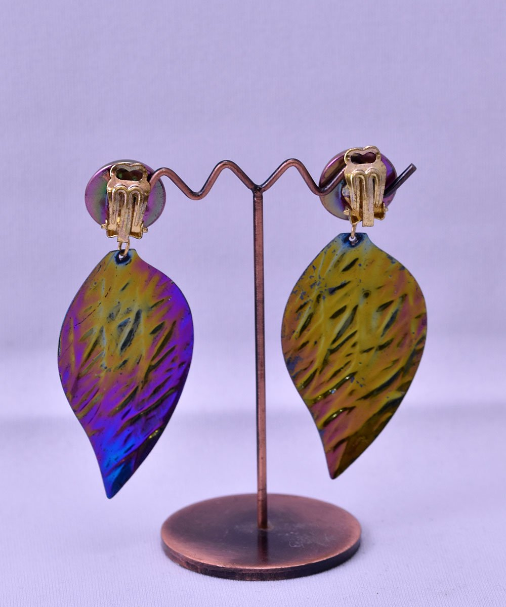 Made in Europe Leaf Earring | ヨーロッパ製 葉っぱモチーフ イヤリング サムネイル