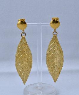 古着 Made in Europe Leaf Earring | ヨーロッパ製 葉っぱ イヤリング | ゴールド 古着のネット通販 古着屋グレープフルーツムーン