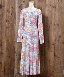 古着 Made in USA Long Sleeve All-In-One Flower Pattern Flare  |アメリカ製 長袖 オールインワン 花柄 フレア ラウンドネック 古着のネット通販 古着屋グレープフルーツムーン