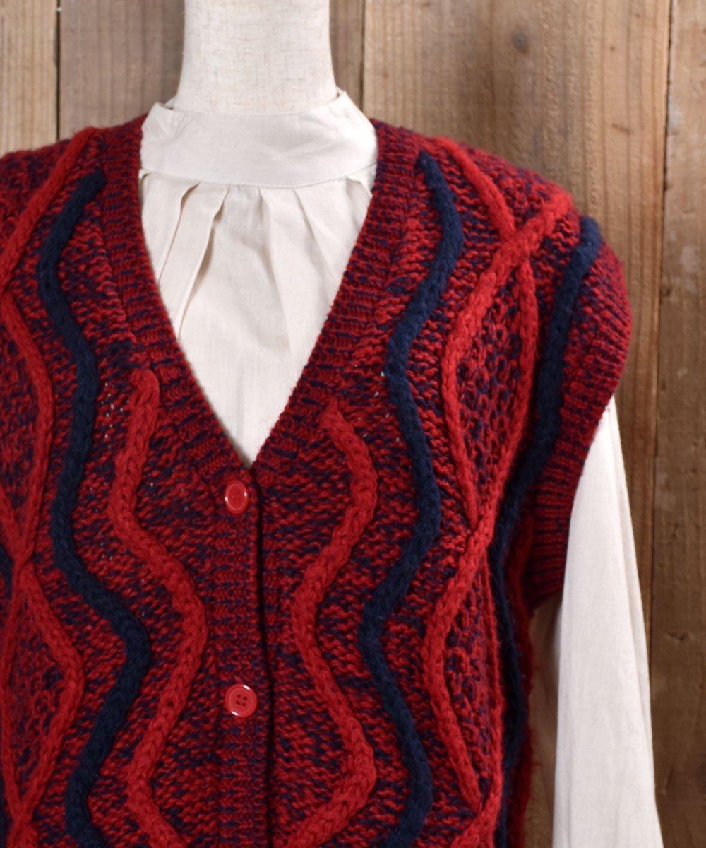 Design Knitting V Neck Vest|ニュアンスカラー デザインVネックニットベストサムネイル