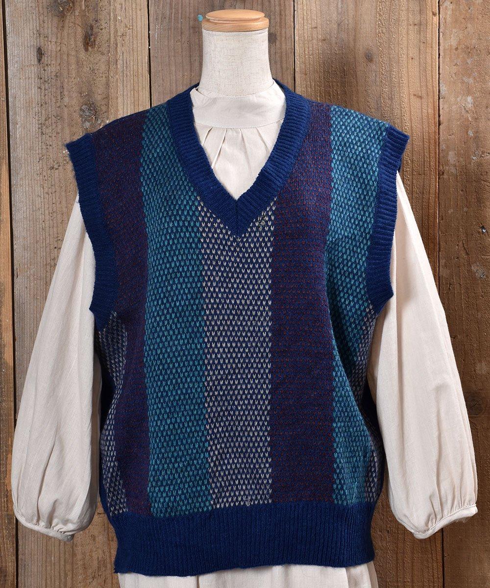 古着 Stripe Pattern V Neck Knit Vest|ストライプ Vネック ニットベスト|ブルー系 古着 ネット 通販 古着屋グレープフルーツムーン