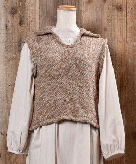 古着Made in Itary Collared  Beige Knit Vest|イタリア製 襟付き ニットベスト ベージュ系 古着のネット通販 古着屋グレープフルーツムーン