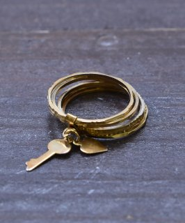 古着ヨーロッパ製 7連 ゴールドカラー チャームリング 鍵&ハート|Made in Europe Gold Color Charm Ring Key&Heart 古着のネット通販 古着屋グレープフルーツムーン