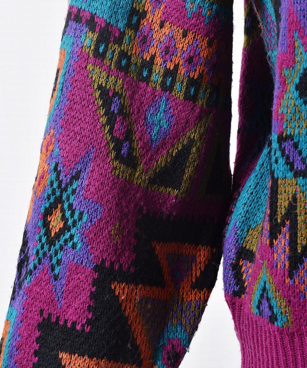 幾何学模様 ニット セーター 飾りボタン| Knit Sweater Geometric Patternサムネイル