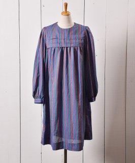 古着アメリカ製 ロングスリーブ マルチストライプワンピース  古着のネット通販 古着屋グレープフルーツムーン